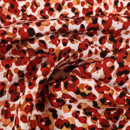 Tissu Viscose Tapis de fleurs bordeaux sur fond Blanc - Par 10 cm