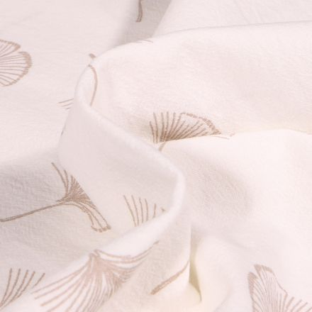 Tissu Coton lavé Feuilles de ginkgo sur fond Blanc