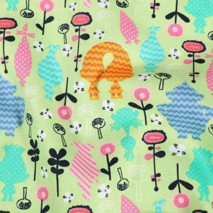 Tissu Coton imprimé Trolls DreamWorks sur fond Vert - Par 10 cm