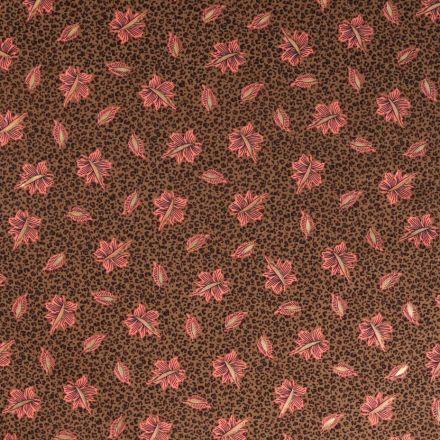 Tissu Satin imprimé Tache léopard et feuilles corail et doré sur fond Marron clair - Par 10 cm