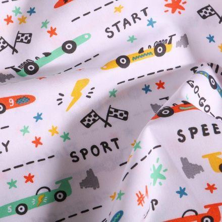 Tissu Coton imprimé LittleBird Courses de voitutres sur fond Blanc - Par 10 cm