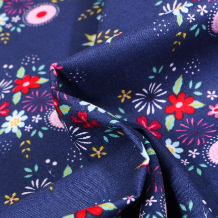 Tissu Coton imprimé Fleurs estivales sur fond Bleu nuit