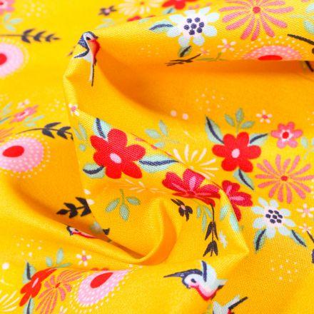 Tissu Coton imprimé Fleurs estivales sur fond Jaune