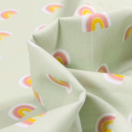 Tissu Coton imprimé LittleBird Joli arc en ciel pastel sur fond Vert menthe