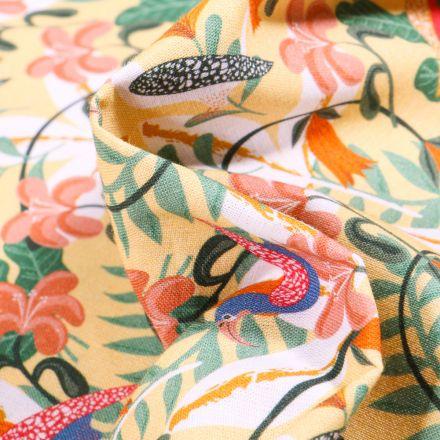 Tissu Coton MC Fabrics Oiseaux et feuillage tropical sur fond Jaune