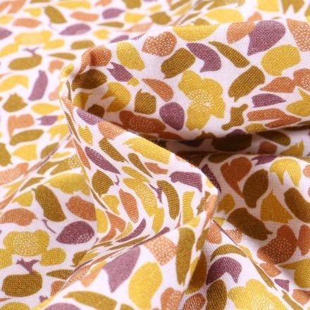Tissu Coton imprimé Bio Pétales de fleurs sur fond Blanc