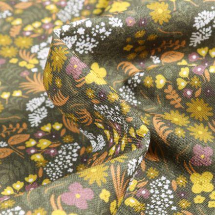 Tissu Coton imprimé Bio Fleurs jaunes et orange sur fond Vert kaki