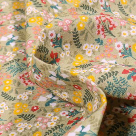 Tissu Coton MC Fabrics Fleurs des champs sur fond Vert kaki clair