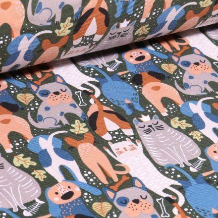 Tissu Jersey Coton Bio Chats et chiens sur fond Vert kaki - Par 10 cm