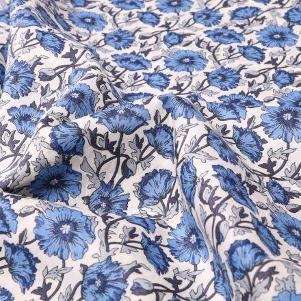 Tissu Liberty of London Astell reece bleu sur fond Blanc - Par 10 cm