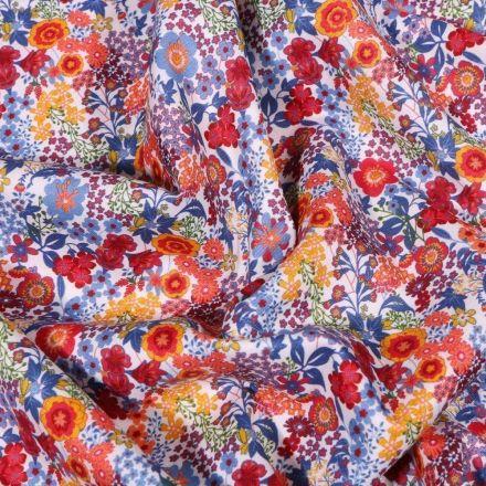Tissu Popeline de coton Sweet Flower Carmen sur fond Blanc - Par 10 cm