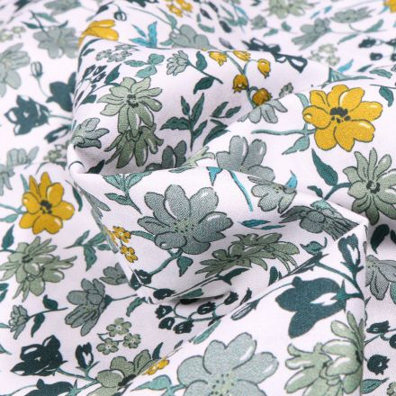 Tissu Popeline de coton Sweet Flower Clémence vert d'eau sur fond Blanc
