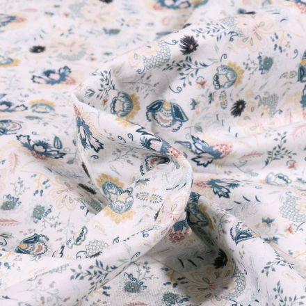Tissu Popeline de coton  Sweet Flower Camille vert d'eau sur fond Blanc