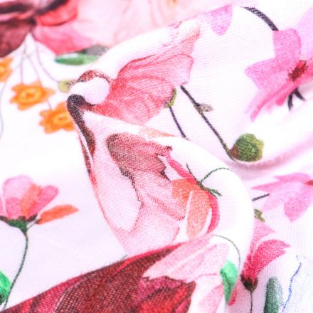 Tissu Lange Bébé Fleuris sur fond Blanc