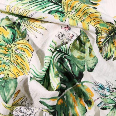 Tissu Viscose texturé Feuilles de palme vertes et jaune sur fond Blanc - Par 10 cm
