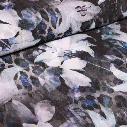 Tissu Crêpe lisse Fleurs et taches de léopard colorés sur fond Bleu