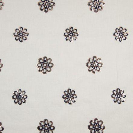 Tissu Voile de coton Fleurs bleues brodées de sequins argentés sur fond Blanc - Par 10 cm