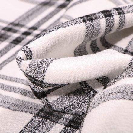 Tissu Crêpe texturé Carreaux noirs sur fond Blanc