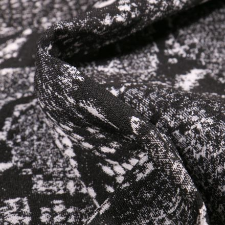 Tissu Bengaline Jacquard Peau de reptiles sur fond Noir