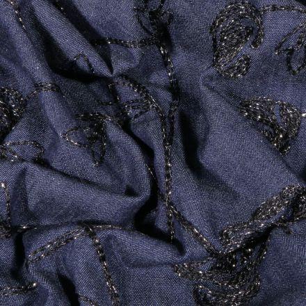 Tissu Chambray Roses brodés sur fond Bleu foncé - Par 10 cm