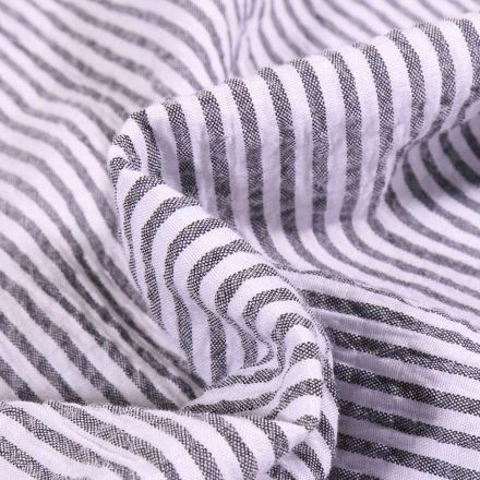 Tissu Seersucker Scarlett Rayures noires sur fond Blanc