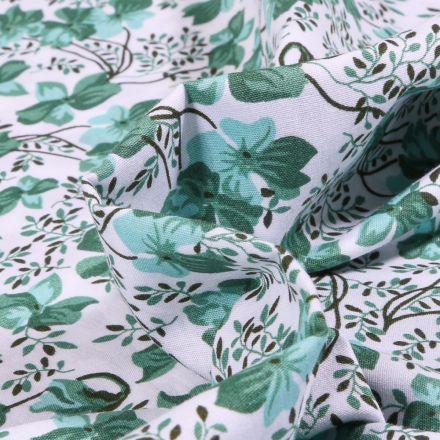 Tissu Coton imprimé LittleBird Camaïeu de Fleurs emeraude sur fond Blanc