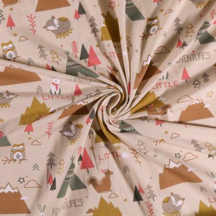 Tissu Jersey coton Bivouac en forêt sur fond Beige - Par 10 cm
