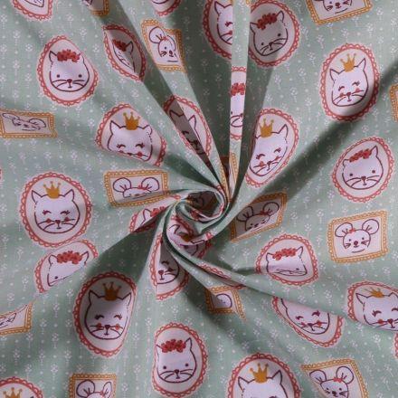 Tissu Coton imprimé Arty Portrait chat et souris sur fond Vert menthe - Par 10 cm