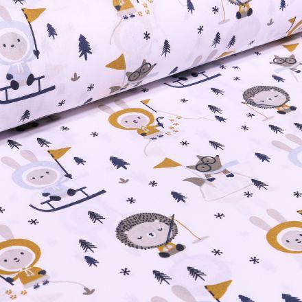 Tissu Coton imprimé Arty Hérissons et lapins pôle nord sur fond Blanc