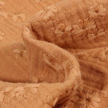 Tissu Double gaze Brodée Esmée sur fond Camel
