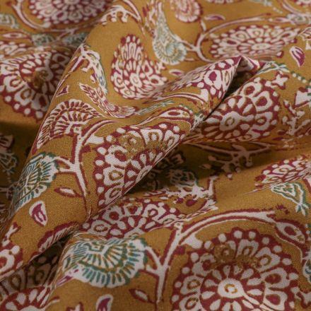 Tissu Viscose Arty Rosaces fleuries sur fond Moutarde - Par 10 cm