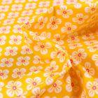 Tissu Coton imprimé Violette blanches sur fond Jaune