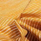 Tissu Coton imprimé Rayures irrégulières sur fond Ocre - Par 10 cm
