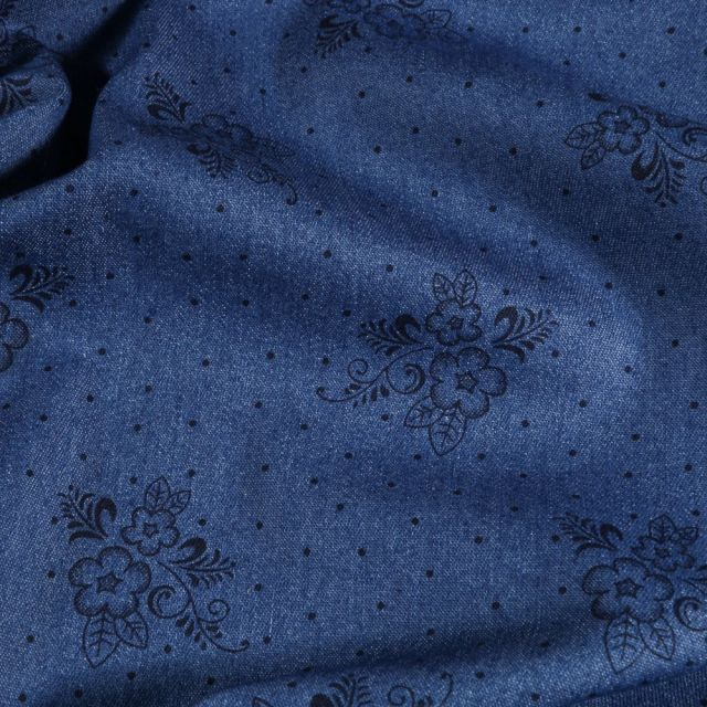 Tissu Chambray extensible Fleurs et arabesques sur fond Bleu foncé - Par 10 cm