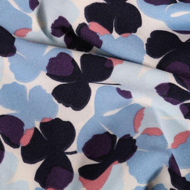 Tissu Crêpe stretch Trèfles bleus et violets sur fond Blanc - Par 10 cm