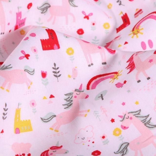 Tissu Coton imprimé LittleBird Licornes et chateaux sur fond Blanc - Par 10 cm
