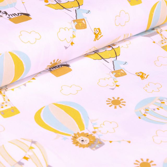 Tissu Coton imprimé LittleBird Montgolfière et animaux sur fond Blanc