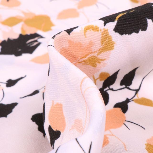 Tissu Crêpes imprimé Boutons de rose sur fond Blanc