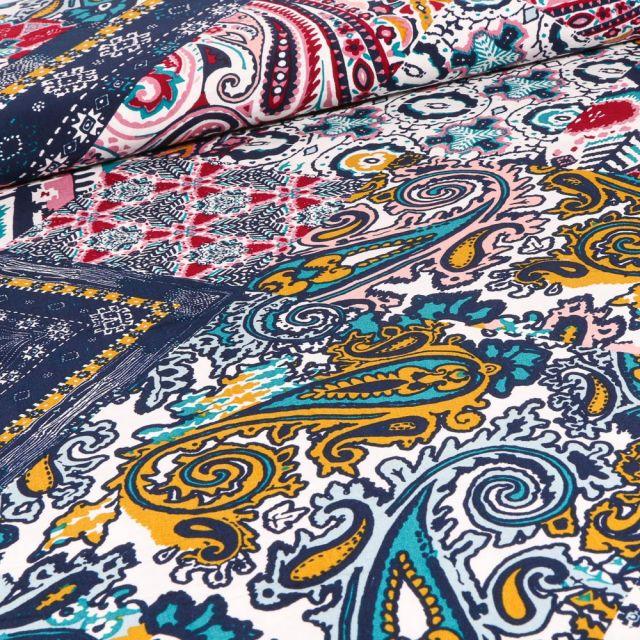 Tissu Viscose Effet patchwork sur fond Bleu foncé