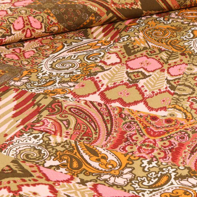 Tissu Viscose Effet patchwork sur fond Beige