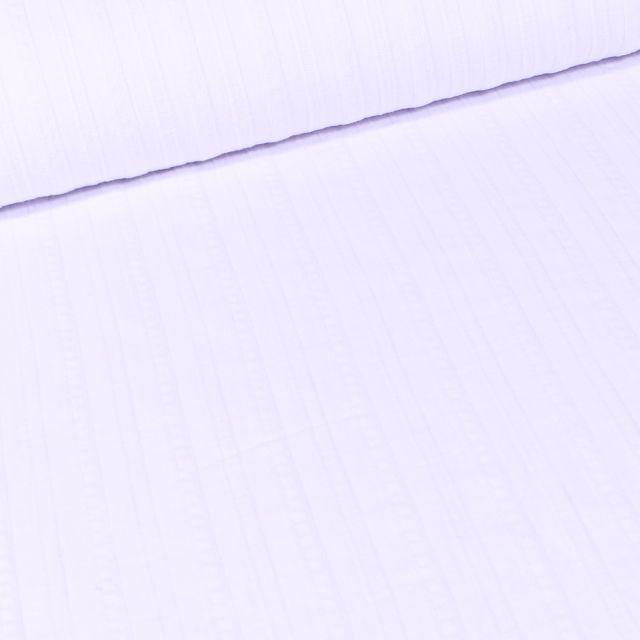 Tissu Voile de Coton Rayures reliefs sur fond Blanc