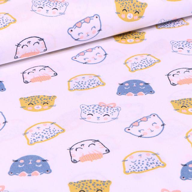 Tissu Coton imprimé Têtes de chats sur fond Blanc