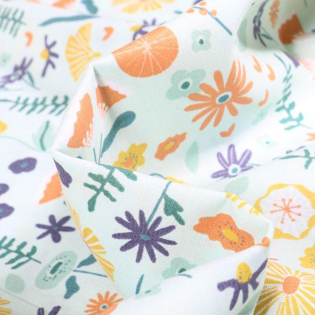 Tissu Coton imprimé Bio Fleurs des champs sur fond Vert menthe