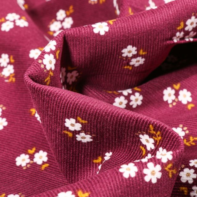 Tissu Velours milleraies Petites fleurs sur fond Bordeaux