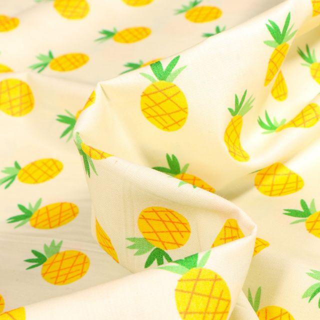 Tissu Coton popeline imprimé Ananas sur fond Jaune pastel