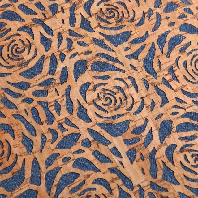 Tissu Liège monté sur jeans Fleurs sur fond Bleu denim - Par 10 cm