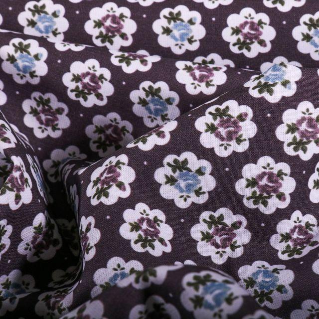 Tissu Popeline Coton Bio Fleurs rétro sur fond Prune - Par 10 cm