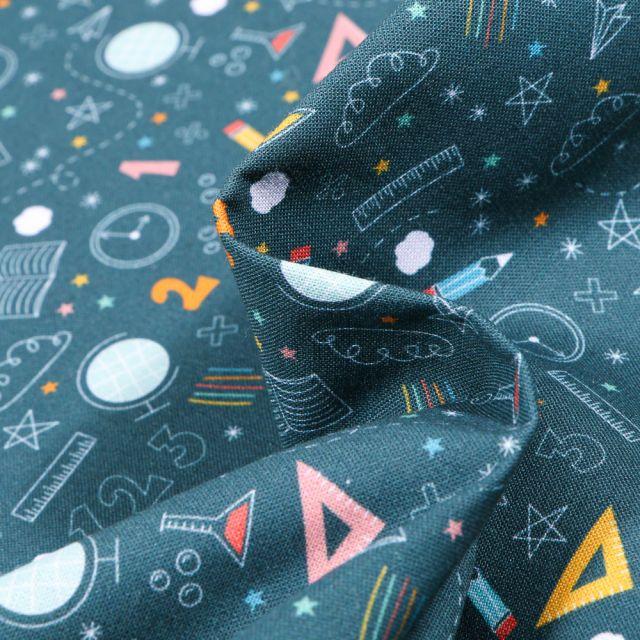Tissu Coton MC Fabrics Motifs Maths /géométrie sur fond Bleu pétrole