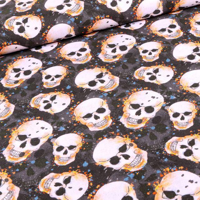 Tissu Coton imprimé Bio Têtes de squelettes halloween sur fond Noir