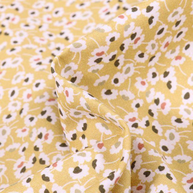 Tissu Coton MC Fabrics Pâquerettes grises et rose sur fond Jaune pastel